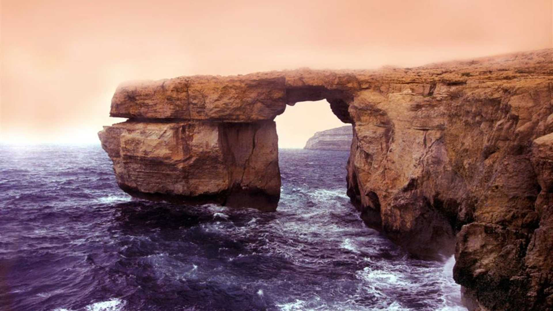 Azure window Large